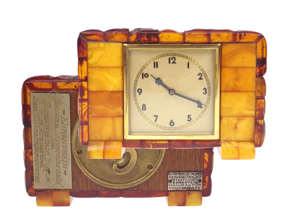 SBM Bernstein Uhr